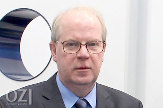 <b>Dieter Janssen</b> - 720ac31769e0ad8fbf998d2221e76b26