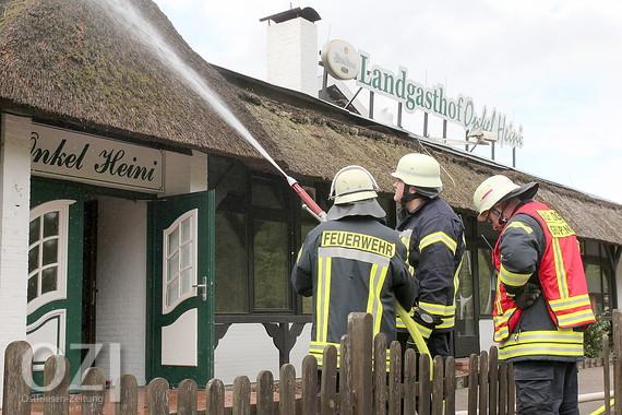 """Große Feuerwehrübung bei """"Onkel Heini in Leer"""